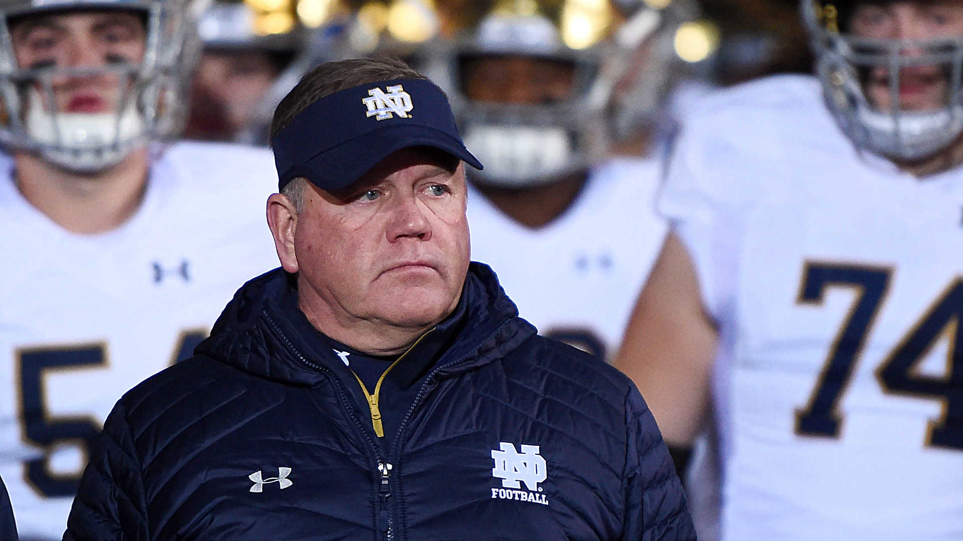 Notre Dame coach Brian Kelly traces group's coronavirus break out to pregame meal, gamer throwing up