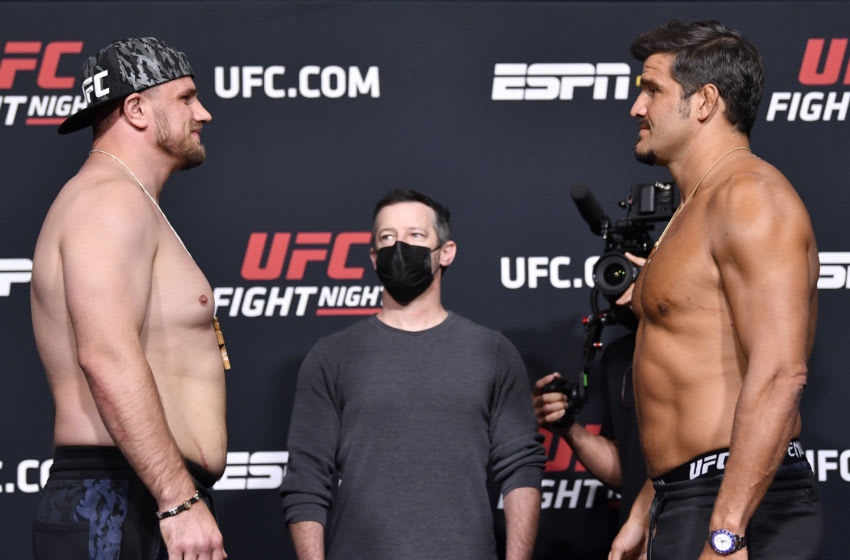 UFC Vegas 24: Alexandr Romanov earns decision over Juan Espino after accidental groin strike (Video)