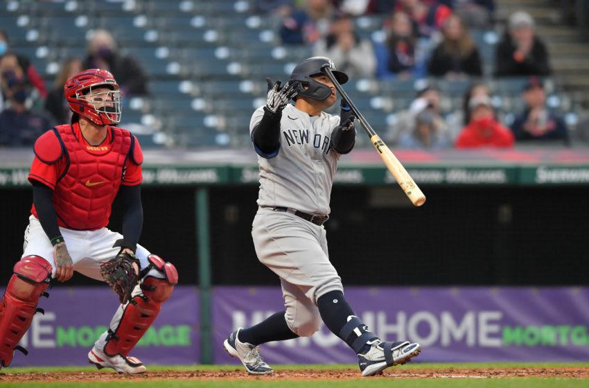 Rougned Odor delivers smoothest bat flip of season on game-tying blast (Video)