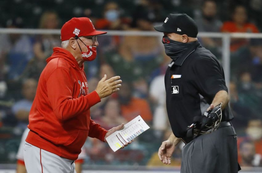 Astros luck out after awful call from home plate ump takes away Angels run (Video)
