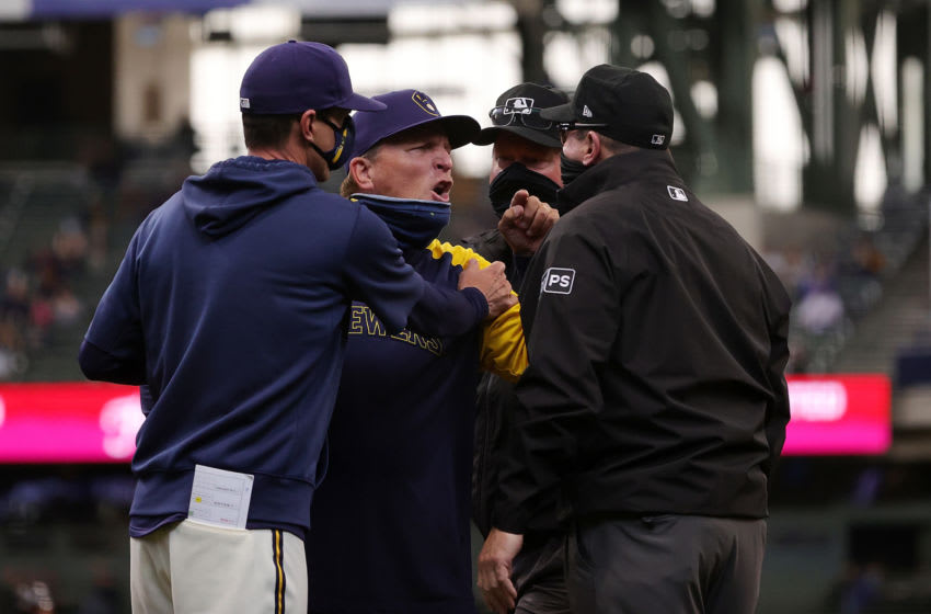 Watch: Umpire Marty Foster makes the worst call in the history of baseball (Video)