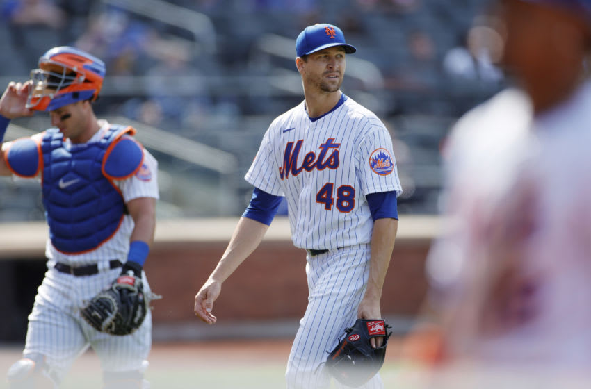Jacob deGrom is literally doing everything for the Mets