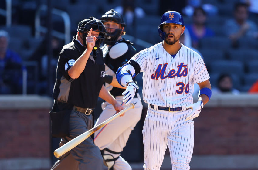 Michael Conforto leaves Mets game with hamstring injury