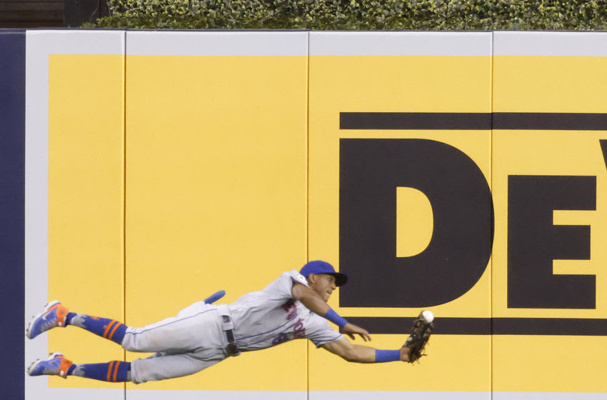 Johneshwy Fargas lays out for snow cone catch vs. Marlins (Video)