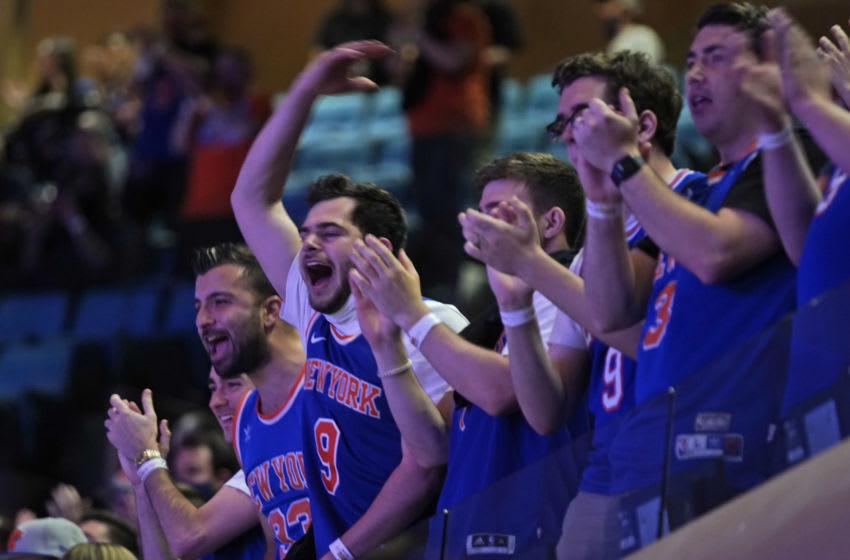 Video: Listen to how loud MSG got during Knicks-Hawks first playoff game