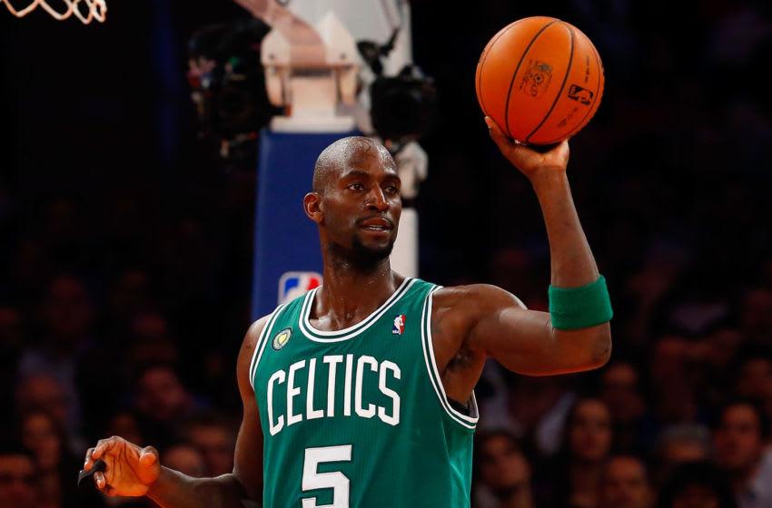 Kevin Garnett calls out Kyrie Irving for stomping on Celtics' logo