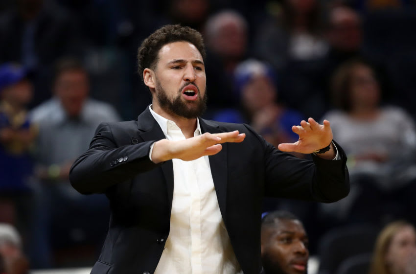 Klay Thompson gives latest injury update from his boat because he can (Video)