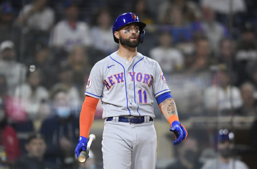 Kevin Pillar smashing 2 HRs with bloodied bat is insane (Photo)