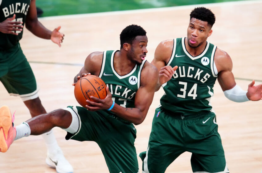 Bucks: Thanasis Antetokounmpo out for Game 5 after entering COVID-19 protocol